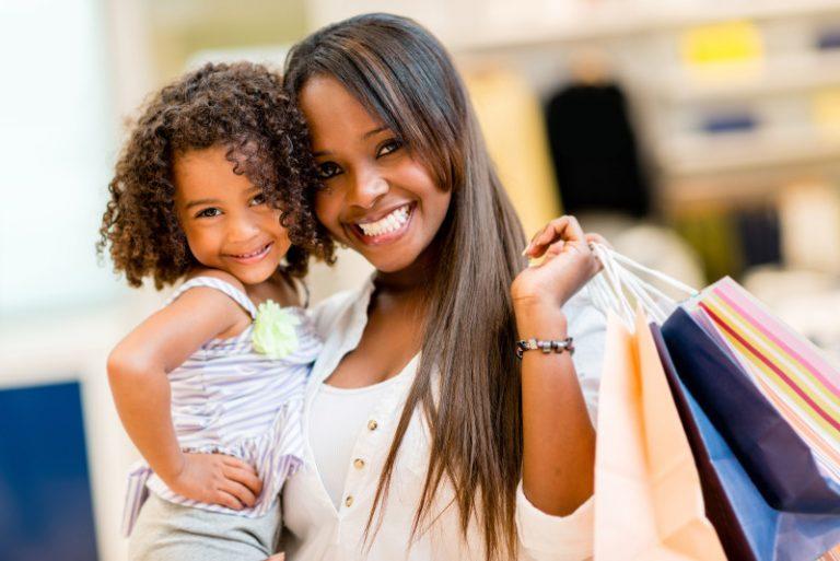 Afroconsumo:  população negra brasileira movimenta aproximadamente 800bi ao ano