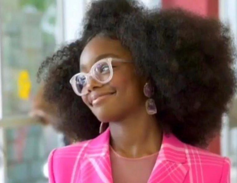 Atriz mirim de Black-Ish se torna a mais jovem produtora de cinema do mundo, aos 14 anos