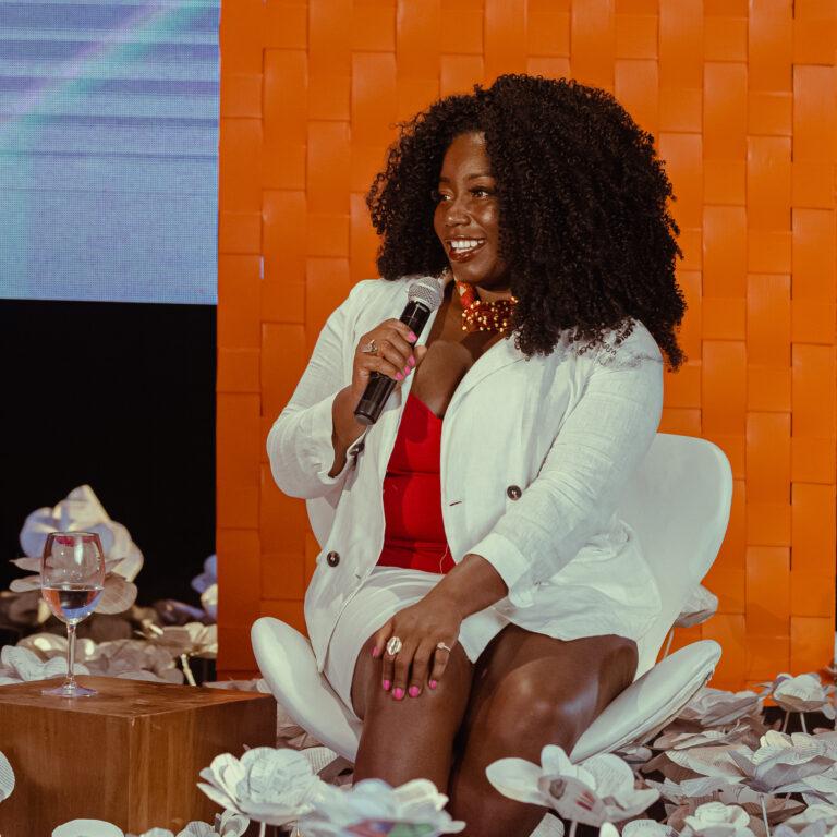 Carla Akotirene e Sônia Guimarães são as próximas convidadas do 'Mulher Com a Palavra', da TVE